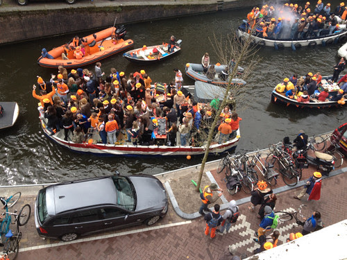 Queensday boats