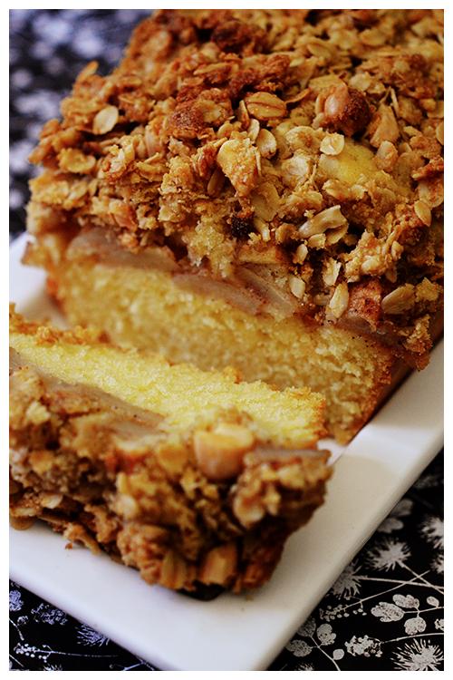 Cinnamon Apple Crumble Cake© by Haalo