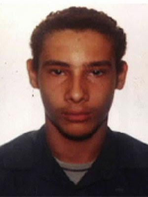 Wellington Menezes de Oliveira, homem que atirou contra escola municipal Tasso de Oliveira, em Realengo (Foto: Reprodução/TV Globo)