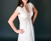 Gorgeous Lilli Diamond Wedding Dress Size Medium