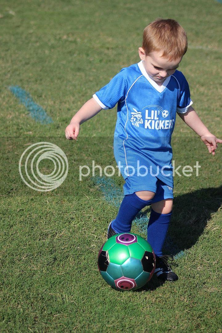 photo soccer14_zpsc92cd698.jpg