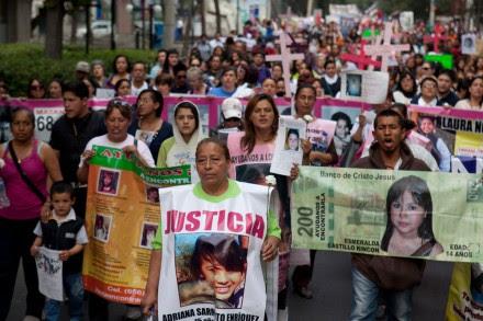 Exigen justicia para las mujeres desaparecidas, asesinadas, violadas... Foto: Eduardo Miranda
