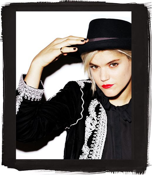 LE FASHION BLOG BEAUTY CRUSH COVERGIRL SOKO BRIGHT RED LIP LIPSTICK BLACK HAT BLACK NAILS MANICURE EMBROIDERED BOLERO STYLE JACKET SHORT BLEACH HAIR FLAMED OUT COLLECTION WHOWHATWEAR BYRDIE 2 photo LEFASHIONBLOGBEAUTYCRUSHCOVERGIRLSOKOREDLIP2.jpg