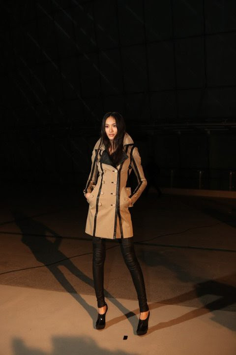 02 Chinese model Shu Pei Qin wearing Burberry