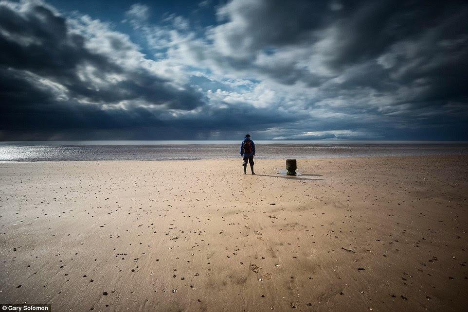 Gary Solomon direito esta imagem do homem solitário Solidão, tomada quando em Hunstanton, Norfolk