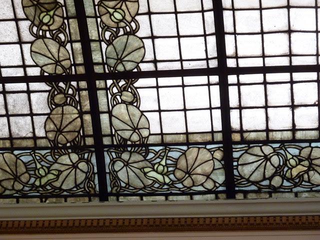 P1080724-2012-05-20-St-John-Chrysostom-Melkite-Church-Atlanta-Nave-Atrium-Ceiling-stained-glass-detail-full