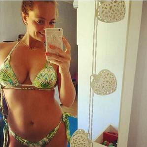 Barbara Norton Matos sensual nas redes sociais em tempos passados