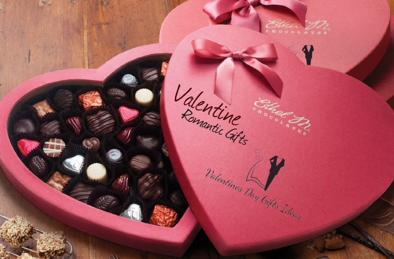 Valentine Romantic Gifts: Send Online Very Easily and Express Your Love Affordably