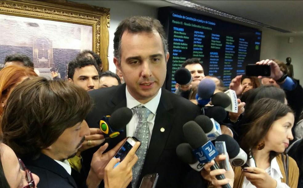 O presidente da CCJ, deputado Rodrigo Pacheco (PMDB-MG) (Foto: Bernardo Caram, G1)