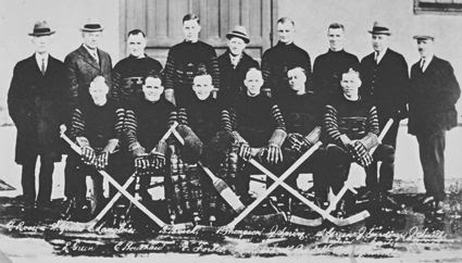 1924-25 Hamilton Tigers team photo 1924-25HamiltonTigersteam.jpg