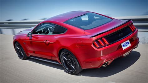 ford mustang   gt  review car magazine
