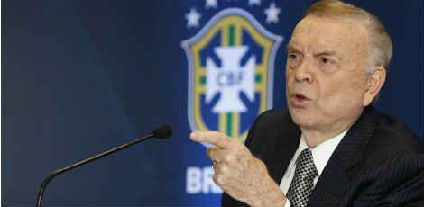 Furto de medalha por Marin durante premiação da Copa São Paulo de Futebol Júnior aconteceu antes mesmo dele assumir o comando da CBF / AFP