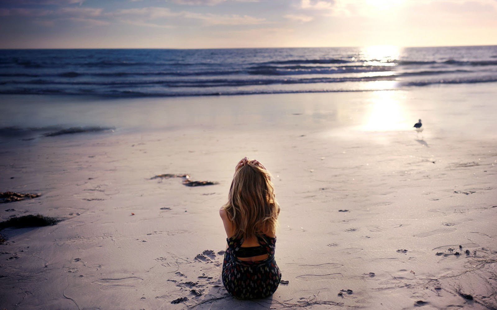 Lonely Girl Crying Wallpapers With Quotes Alone Best Sad Pictures