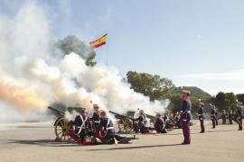 Celebraciones artilleras en honor de Santa Bárbara.