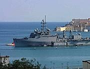 La nave americana La  Salle nel golfo di Gaeta (Omega)