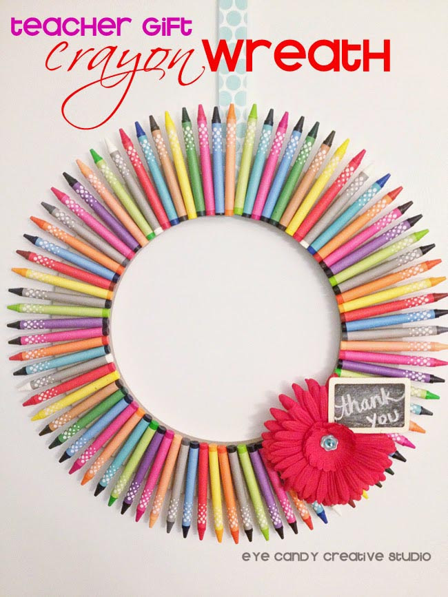 Crayon-Wreath-Teacher-Gift-Hdr
