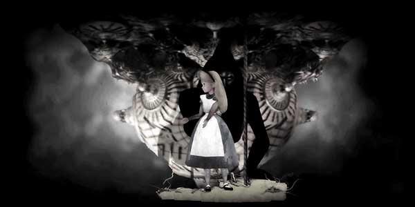 """Então Alice in Wonderland aparece.  Este conto de fadas é usado por manipuladores de MK para programar escravos como eles são encorajados a """"seguir o coelho branco através do espelho"""" no sentido de dissociação total."""