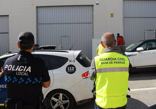 Foto: Detienen a los responsables de una asociación canábica de Calafell por tráfico