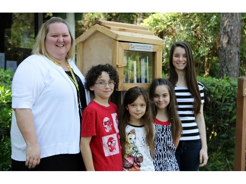 Little Free Libraries Arrive in Pasco