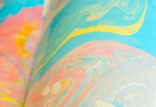 http://innerchildfun.com/2011/05/weekend-art-suminagashi-for-kids.html