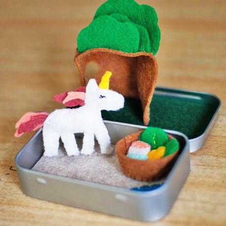 diy toy unicorn felt playset mini altoid tin