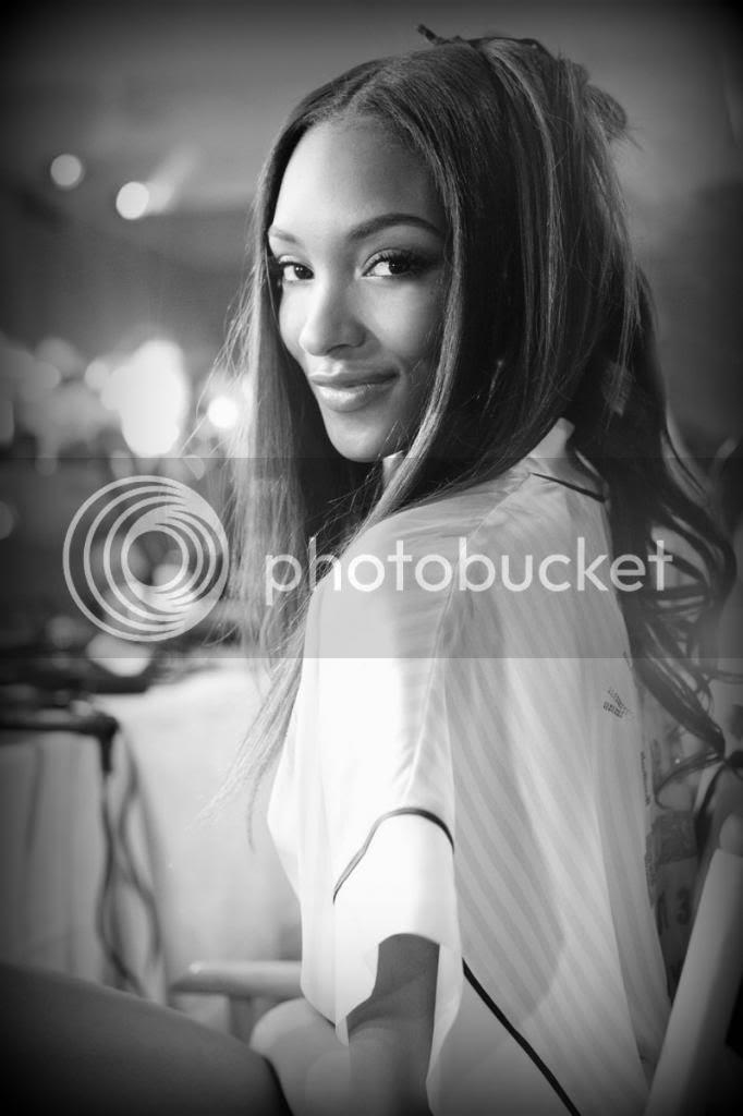 photo mcx-victoria-secret-fashionshow-backstage-jourdan-dunn-xln1.jpg