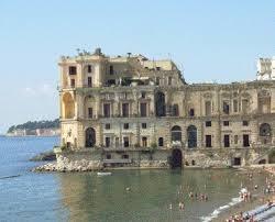 Il blog di sas o 39 professore la leggenda di palazzo donn 39 anna - Bagno sirena posillipo ...