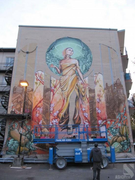 "perierga.gr - Βήμα-βήμα η δημιουργία ενός ""πενταώροφου"" γκράφιτι!"