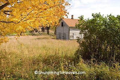 Abandoned Farmhouse in Autumn, Sauk County, Wisconsin