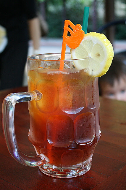 Freshly brewed ice lemon tea - check out the orangutan stirrer!