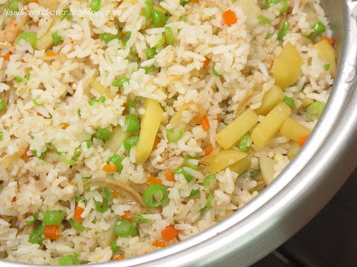Potato and green bean fried rice