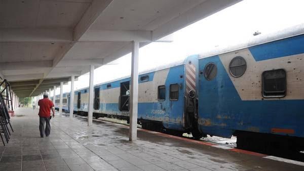 Tren El Gran Capitán, fue concesionado a TBA, cuando en Transporte ya había constatado irregularidades. Foto: Guillermo Rodríguez Adami