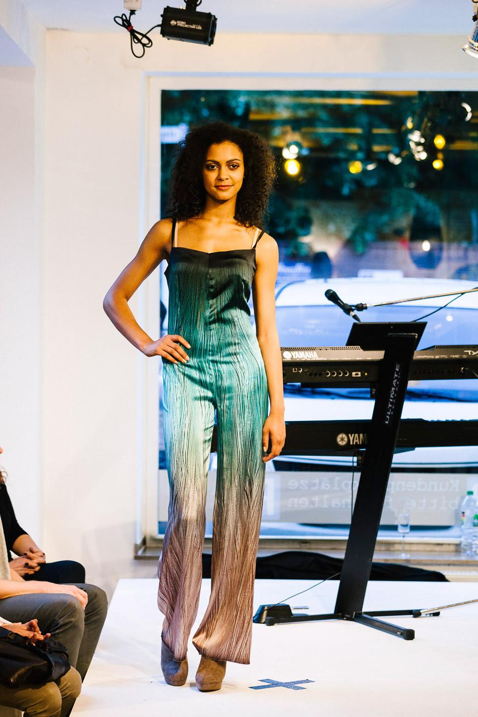 Fashion Meets Furniture V Die Kollektion Von Andrea Droemont