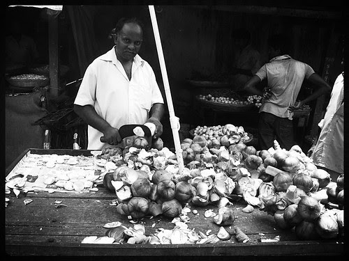 Tadgolewala Bhaiyya Bandra Bazar Road by firoze shakir photographerno1