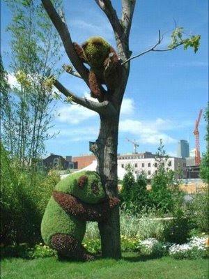 Lindo jardim fresco wid esculturas criativas