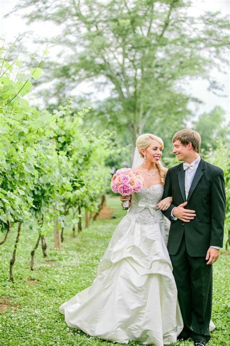 An Elegant Pink and Peach Southern Wedding   Every Last Detail