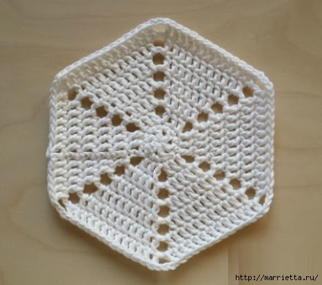Crochet.  Tack with volume rose (3) (467x414, 103Kb)