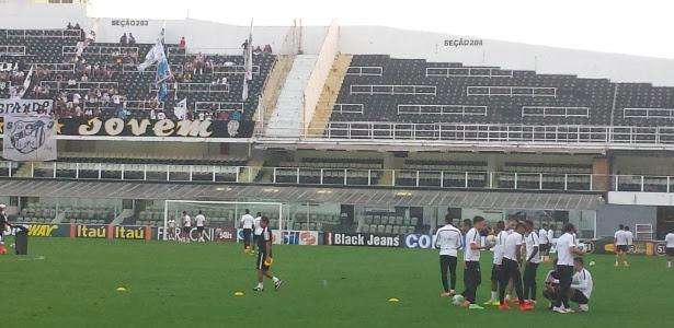 Todos os titulares participaram do treino do Santos na tarde desta quinta-feira, na Vila