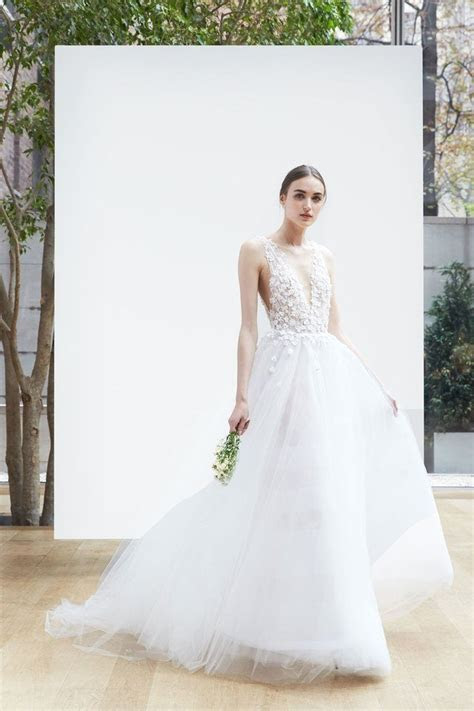 The Best Wedding Dresses from the Bridal Spring 2018