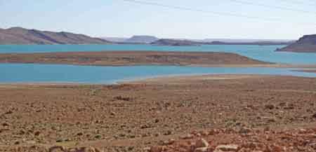 barrage au environs d'Erfoud