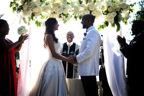 Rochelle Aytes Marries CJ Lindsey in Mansion Wedding: Photos!