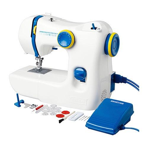 SY Machine à coudre IKEA Simple à utiliser.  Instructions claires incluses ; parfait pour un débutant. Eclairage intégré, facilite le travail.  .