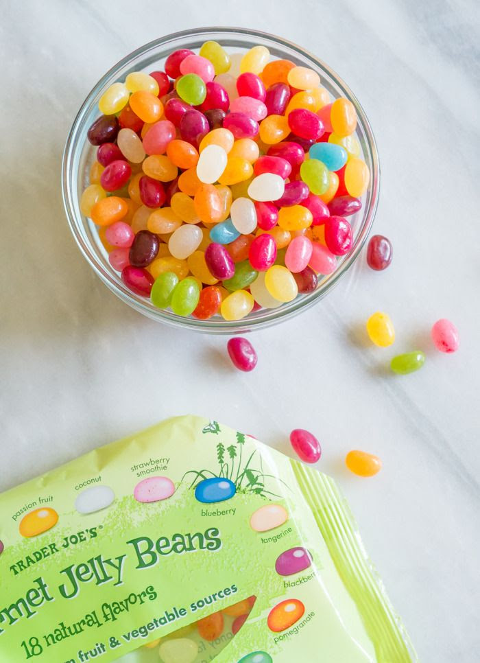 trader joe's gourmet jelly beans review : part of a weekly review series of tj's desserts and treats