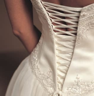 Melbourne bridal dresses & formal wear