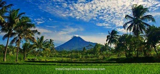 Lima Gunung Paling Angker di Indonesia  Risalahati