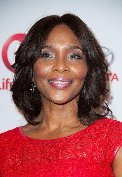 Suzzanne Douglas Pictures   Premiere Of Lifetime's