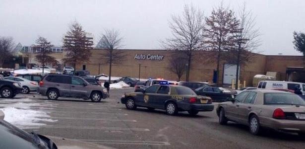 Um homem armado abriu fogo neste sábado (25) em um shopping em Columbia, no Estado americano de Maryland. Segundo a NBC, entre uma e quatro pessoas podem ter sido baleadas