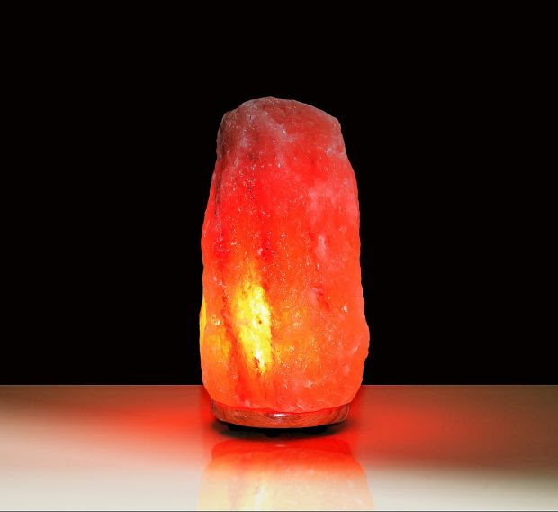 3 Ways that a Himalayan Salt Lamp Can Help Your Overall Wellness