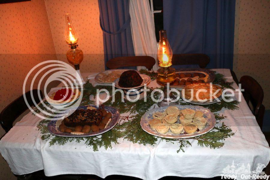 Black Creek Dinner Table