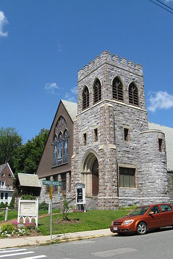 English: Unitarian Universalist Church of Medf...